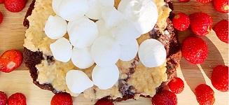 Socker och glutenfri kladdkaka med kolatäcke